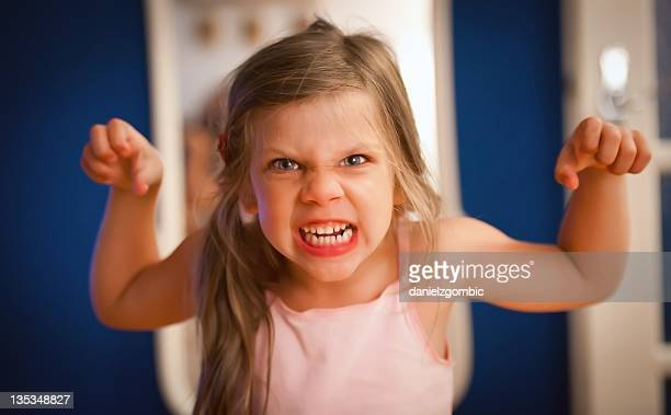 Wütend kleines Mädchen