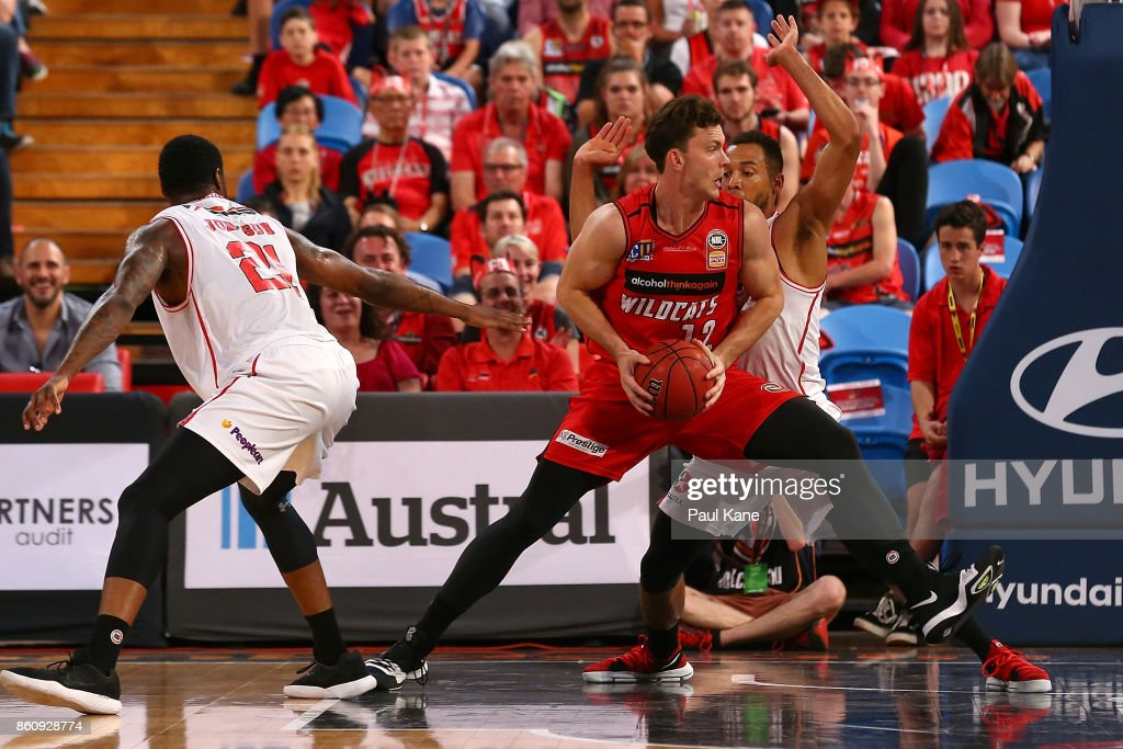 Angus Brandt of the Wildcats works to the basket during the round two NBL match between the Perth Wildcats and the Illawarra Hawks at Perth Arena on October 13, 2017 in Perth, Australia.