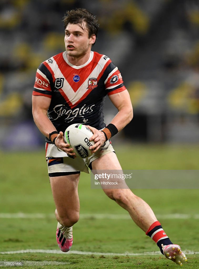 NRL Rd 9 - Cowboys v Roosters : News Photo