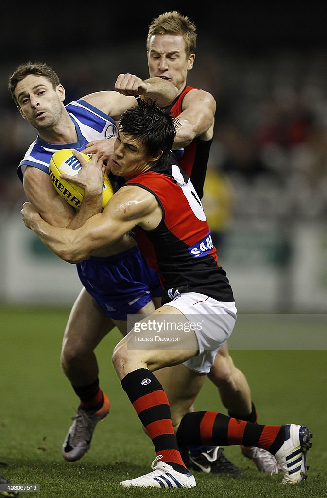 AFL Rd 17 - Kangaroos v Bombers