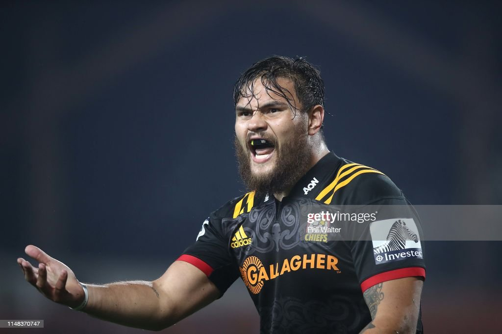 Super Rugby Rd 13 - Chiefs v Sharks : News Photo