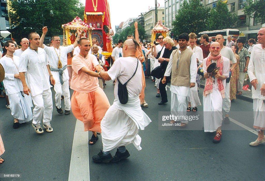 Sekten Deutschland Pictures | Getty Images