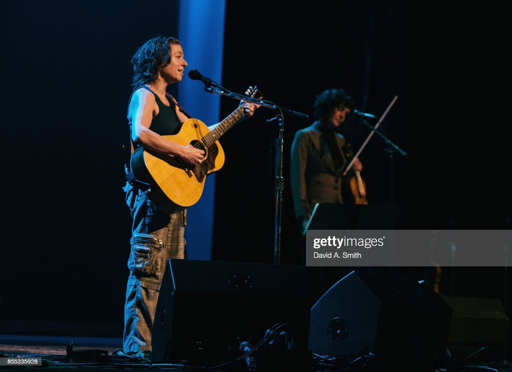 Lyric dave matthews lyrics : Ani DiFranco In Concert - Birmingham, AL Photos and Images | Getty ...