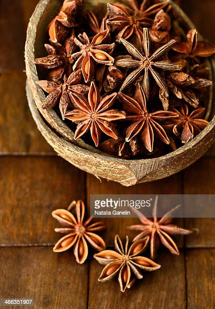 Anise pods