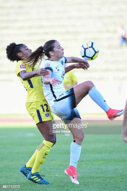 Anissa Lahmari of Paris FC and Ashley Lawrence of PSG during the women's Division 1 match between Paris FC and Paris Saint Germain on October 15 2017...