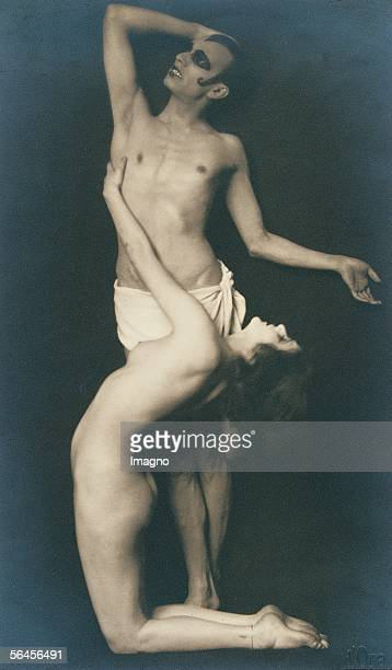 Anita Berber and dancer Photography around 1910 [Anita Berber und Taenzer Photographie um 1910]