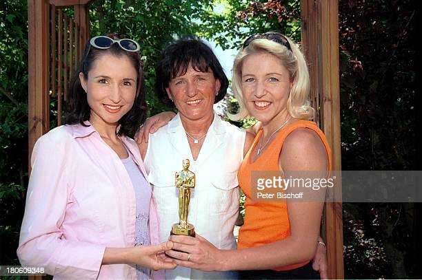 Anita Hofmann Elisabeth Hofmann Alexandra Hofmann Messkirch am Bodensee 50 Geburtstag v Mutter Elisabeth Oscar für die beste Mama der Welt küssen...