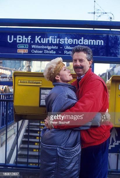Anita Kupsch Ehemann KlausDetlef Krahn Briefkasten UBahnhof Kurfürstendamm Berlin Deutschland Europa