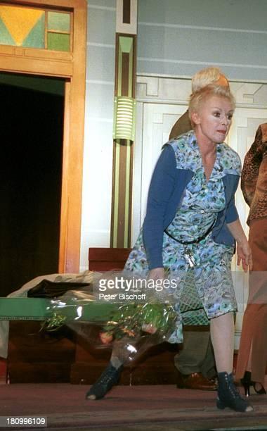 Anita Kupsch Klaus Mikoleit KriminalKomödie Keine Leiche ohne Lily Hambergen Mehrzweckhalle Theater Schlussapplaus PNr 112/03 TM/GT