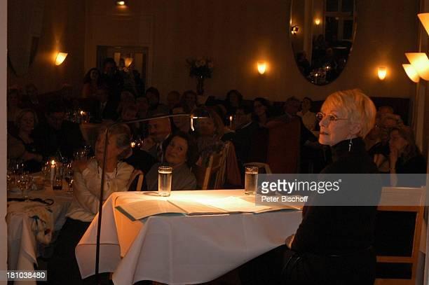 """Anita Kupsch, Publikum, Lesung: """"Beziehungen und andere Probleme"""", Premiere, Berlin, , """"Die Möwe"""", Schauspielerin, Aftershow-Party, Promis,..."""