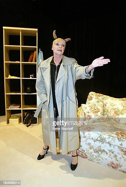 """Anita Kupsch, Theater-Komödie: """"Männer und andere Irrtümer"""", Berlin, Deutschland, Europa, , Theater: """"Komödie am Kurfürstendamm"""", Schauspielerin,..."""