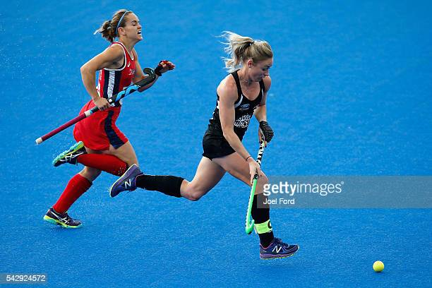 Anita McLaren of New Zealand takes on Alyssa Manley of the USA during the FIH Women's Hockey Champions Trophy 2016 match between the USA and New...