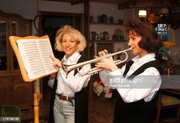 Anita mit Schwester Alexandra HofmannJungnau bei Sigmaringen TrompeteInstrument
