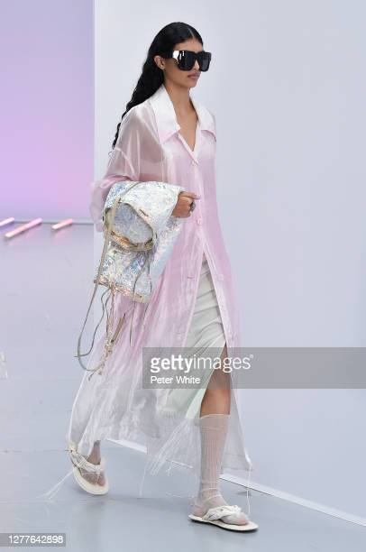 Anita Pozzo walks the runway during the Acne Studios Womenswear Spring/Summer 2021 show as part of Paris Fashion Week on September 30, 2020 in Paris,...