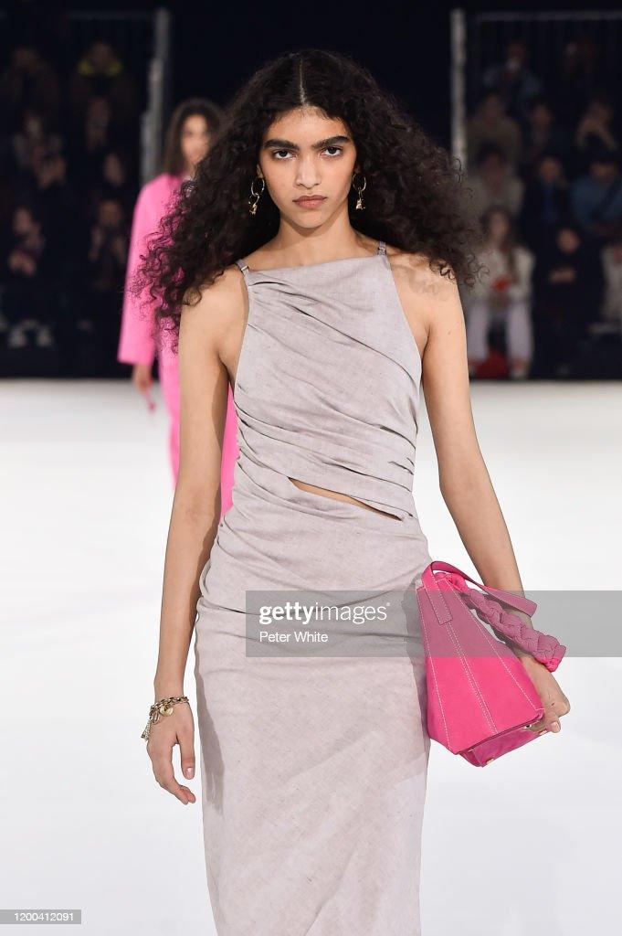 Jacquemus : Runway - Paris Fashion Week - Menswear F/W 2020-2021 : Fotografia de notícias