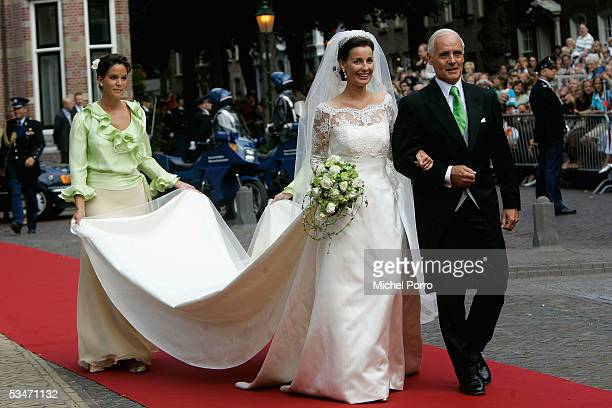 Anita van Eijk arrives with her father for the church wedding ceremony at 'Jeroenskerk' Church on August 27 2005 in Noordwijk The Netherlands The...