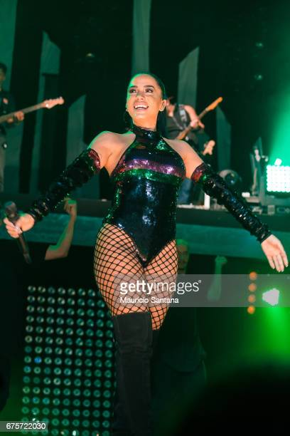 Anitta performs live on stage at Espaco das Americas on April 30 2017 in Sao Paulo Brazil