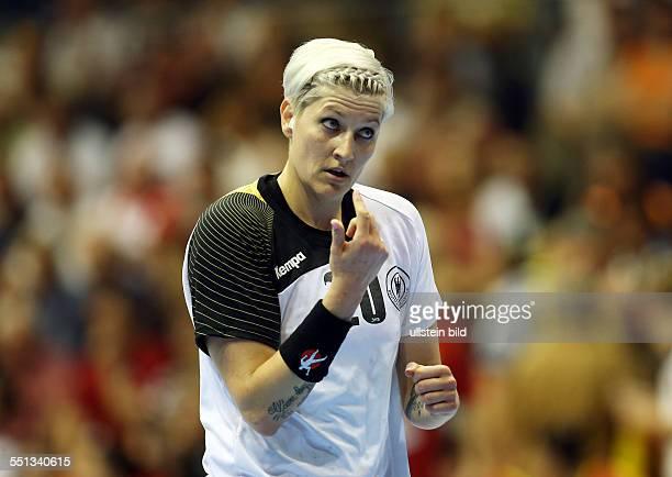 Anja Althaus Einzelbild Aktion Gestik BR Deutschland DHB Laenderspiel Länderspiel EM Qualifikation Europmeisterschaft Nationalmannschaft Sport...