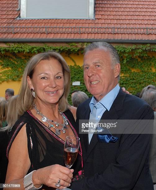 Anja Hauptmann Gratulant Feier zum 70 Geburtstag von Anja Hauptmann Restaurant 'Fischerhütte am Schlachtensee' Zehlendorf Berlin Deutschland Europa...