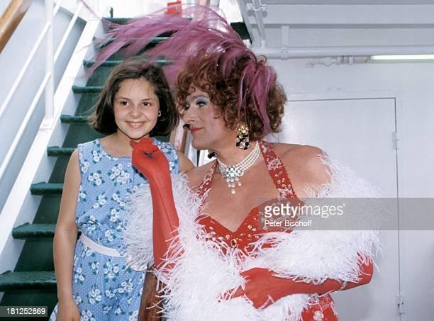 Anja Liebeskind Klaus Wildbolz ZDFSerie Traumschiff Folge 21 Ägypten Atlantik MS Berlin Kreuzfahrtschiff Kreuzfahrt Kostüm Verkleidung geschminkt...
