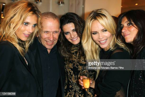 Anja Rubik Jean Paul Gaultier Isabeli Fontana Natasha Poly and Emmanuelle Alt attend the Vogue Fashion Celebration Night 2011 on September 8 2011 in...