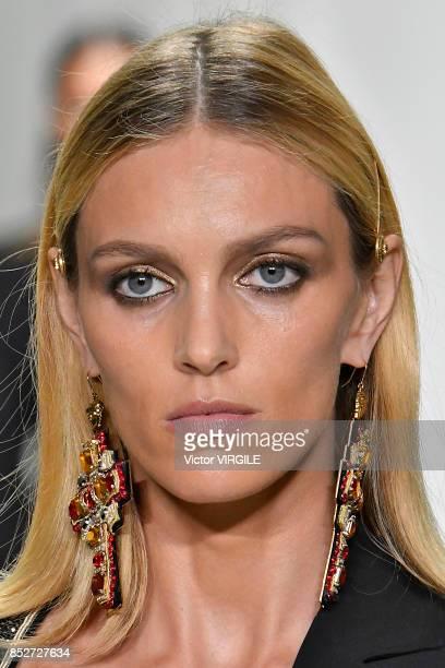 Anja Rubik walks the runway at the Versace Ready to Wear Spring/Summer 2018 fashion show during Milan Fashion Week Spring/Summer 2018 on September 22...