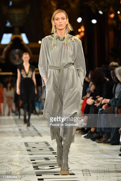 Anja Rubik walks the runway during the Stella McCartney show as part of the Paris Fashion Week Womenswear Fall/Winter 2019/2020 on March 04, 2019 in...
