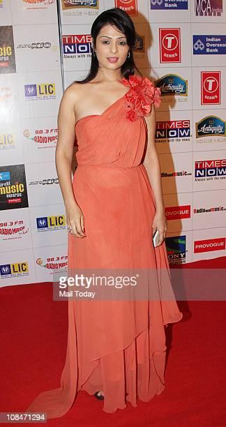 Anjana Sukhani at Radio Mirchi Music Awards at BKC in Mumbai on January 27 2011