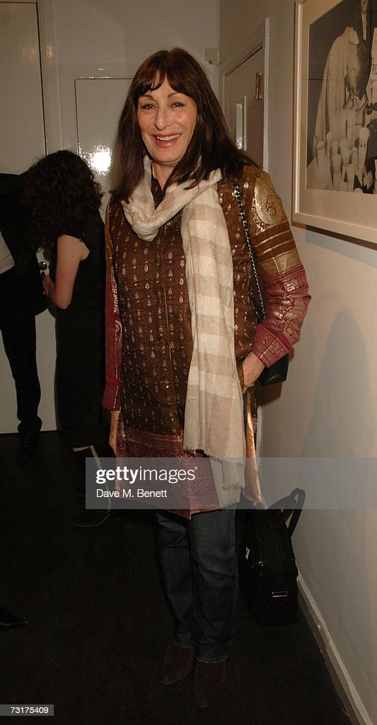 Anjelica Huston attends the private view of 'Hunter S Thompson: Gonzo' at the Michael Hoppen Gallery February 1, 2007 in London, England.