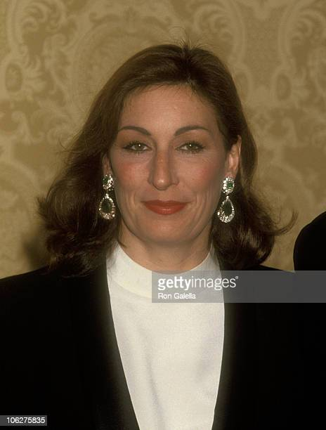 Anjelica Huston during 25th Anniversary of Dorothy Chandler Performing Arts Award at Beverly Hilton Hotel in Beverly Hills California United States