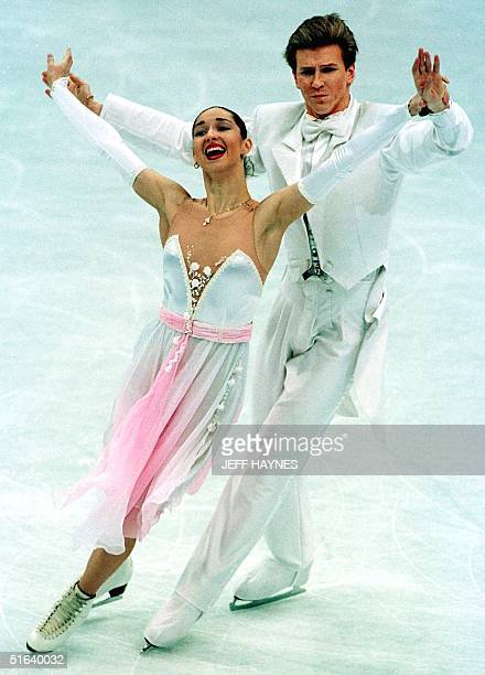 Anjelika Krylova and partner Oleg Ovsyannikov of Russia perform 31 March during the ice dancing compulsory during the World Figure Skating...