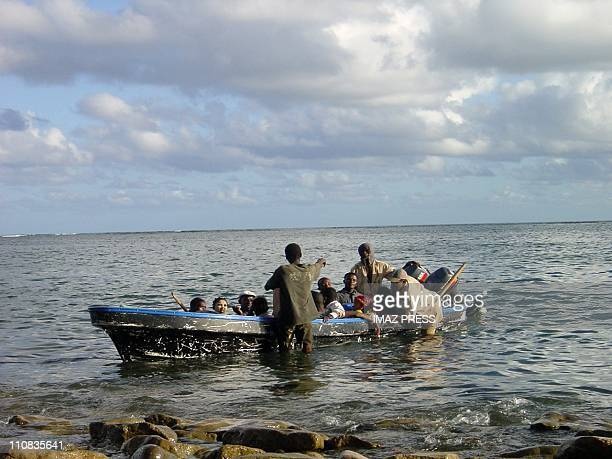 Anjouan Island SelfAppointed Of The Islamic Republic Of The Comores In Comoros In 2007 A boat transporting illegal immigrants from Comores to Chavire...