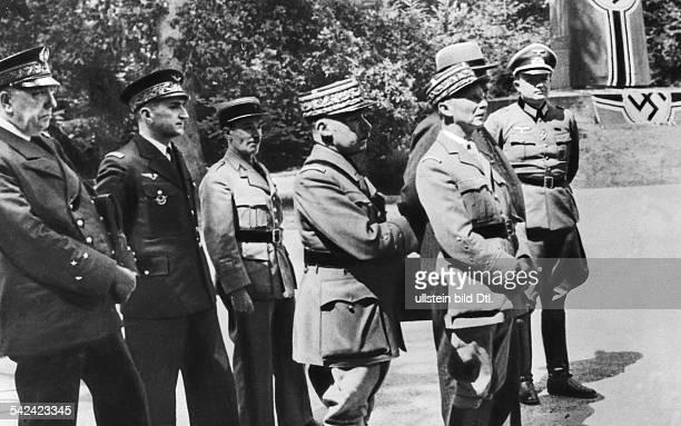 Ankunft der französischen Delegation mitGeneral Charles Huntzinger an der Spitzezu den Kapitulationsverhandlungen imWald von Compiegne