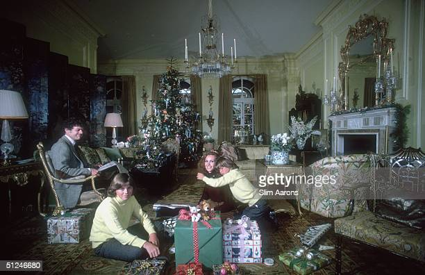 1979 Ann and Gordon Getty and two of their four sons Andrew and Billy at home for Christmas San Francisco
