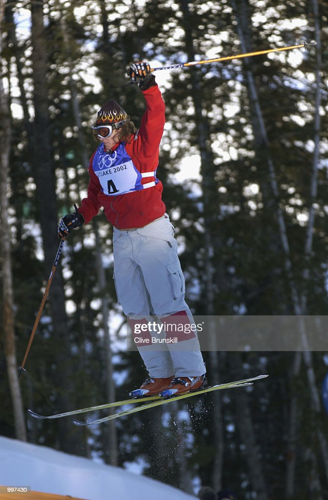 Ann Battelle of the USA was 2nd in the qualifying round of the women's moguls during the Salt Lake City Winter Olympic Games on February 9, 2002 at the Deer Valley Resort in Salt Lake City, Utah.
