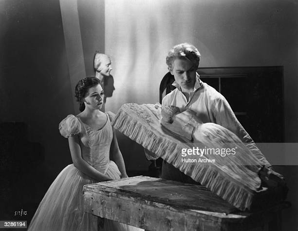 Ann Casson and Carl Harbord in a scene from the film 'Dance Pretty Lady', an early talkie based on the novel 'Carnival' by Compton Mackenzie. The...