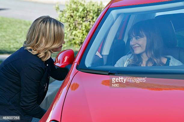 RECREATION Ann Chris Episode 613 Pictured Amy Poehler as Leslie Knope Rashida Jones as Ann Perkins