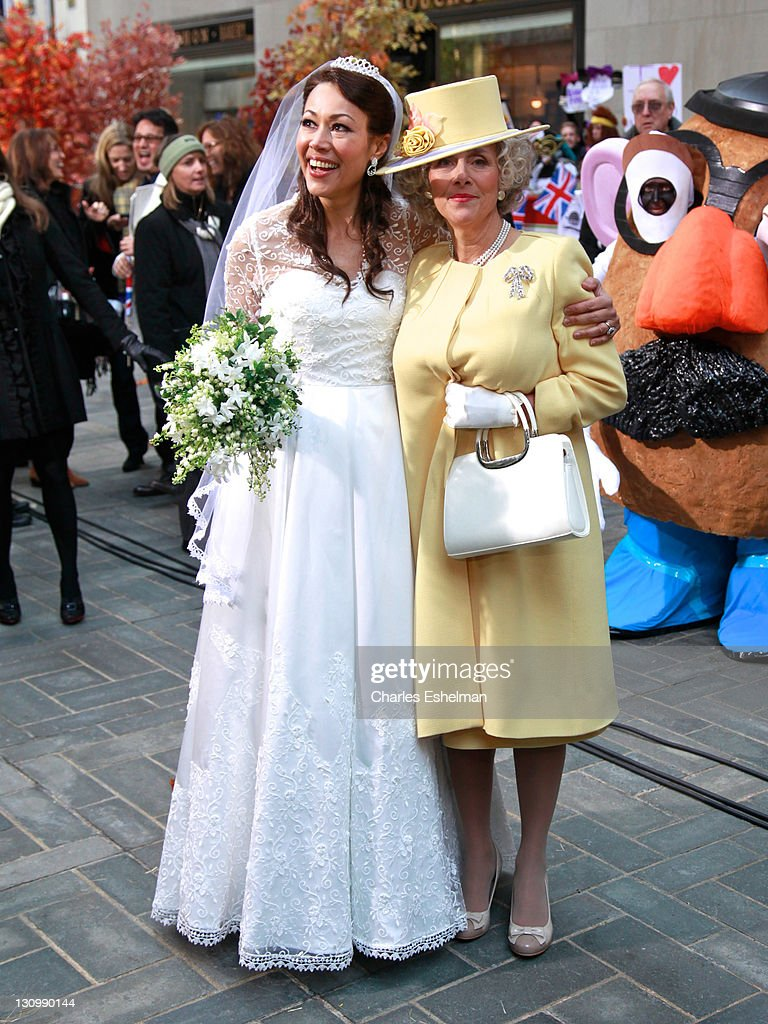 TODAY' Ann Curry and Meredith Vieira attend NBC's 'Today' Halloween 2011 at Rockefeller Plaza on October 31, 2011 in New York City.