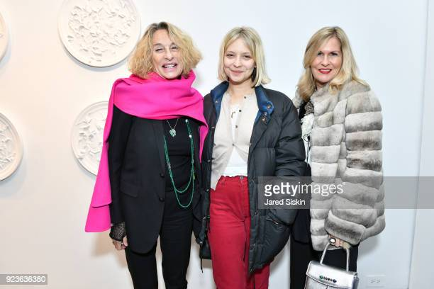 Ann DexterJones Annabelle DexterJones and Kim Vernon attend Rachel Lee Hovnanian 'The Women's Trilogy Project' Part 1 NDD Immersion Room at Leila...