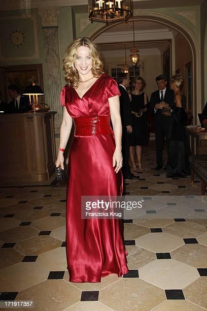 Ann Katrin Kramer Im Kleid Von Sonja Kiefer Beim Gala Spa Award Im Hotel Brenners In BadenBaden