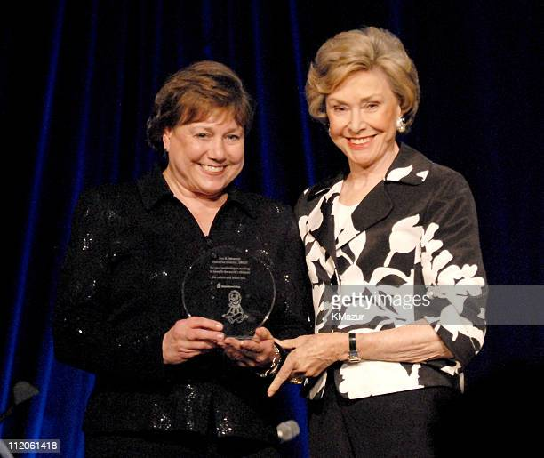 Ann M. Veneman, executive director, UNICEF and Joan Ganz Cooney, Sesame Workshop founder and event co-chair