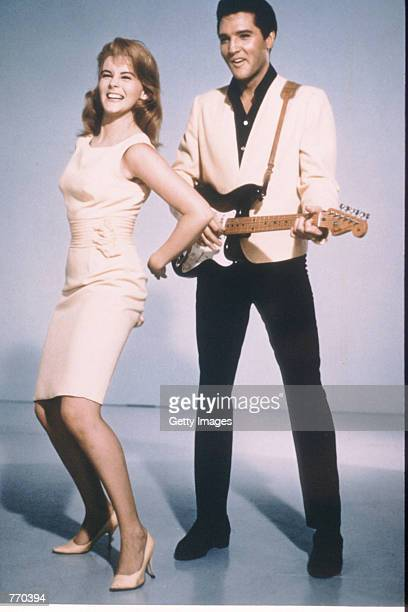 Ann Margret and Elvis Presley pose in 1964 in USA for a publicity photo for their new film 'Viva Las Vegas'