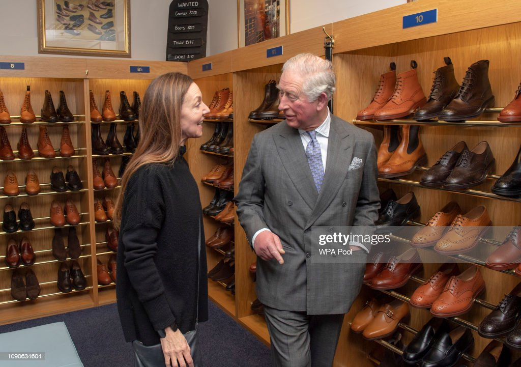 Prince Charles, Prince of Wales Visits Shoemakers Tricker's : ニュース写真