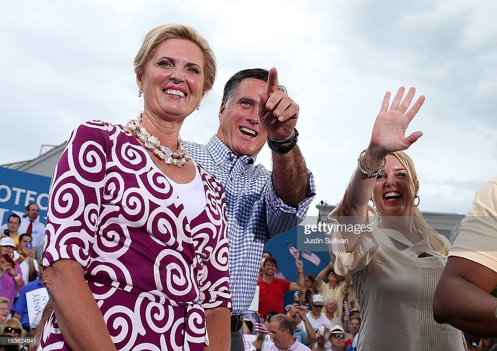 Ann Romney, Republican presidential candidate, former Massachusetts Gov. Mitt Romney and Florida Attorney General Pam Bondhi look on during a victory rally at Tradition Town Square on October 7, 2012 in Port St. Lucie, Florida. Mitt Romney is campaigning in Florida before traveling to Virginia where he is scheduled to give a foreign policy speech at the Virginia Military Institute.