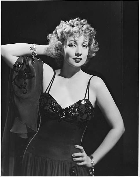 ann-sothern-stars-in-the-1940-film-congo