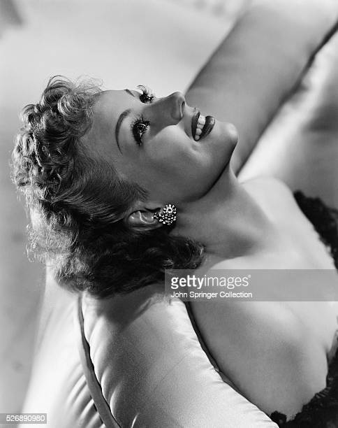 Ann Sothern stars in the 1941 film Maisie Was a Lady