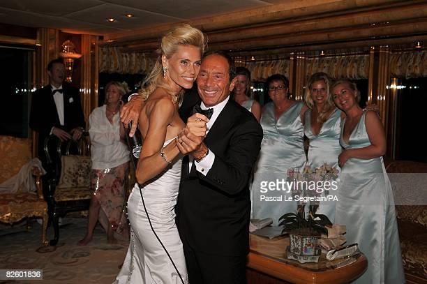 ACCESS*** Anna Anka and Paul Anka pose during their wedding on the yacht MY Siran on July 26 2008 in Porto Cervo Sardinia Italy