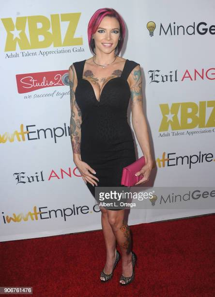 Anna Bell Peaks arrives for XBiz's RISE Performer Appreciation Event held at 1 Oak on November 15 2017 in West Hollywood California