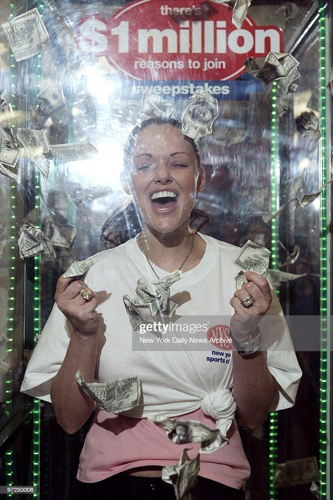 Anna Benson, wife of New York Mets' pitcher Kris Benson, dem : Foto jornalística
