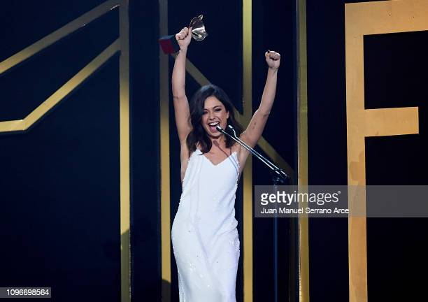 Anna Castillo receives the Best Supporting Actress Award during Feroz Awards 2019 at Bilbao Arena on January 19 2019 in Bilbao Spain